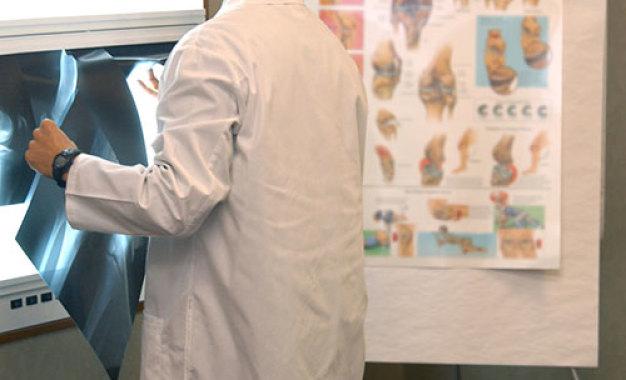 Guida diagnostica per identificare<br /> le infezioni protesiche precoci