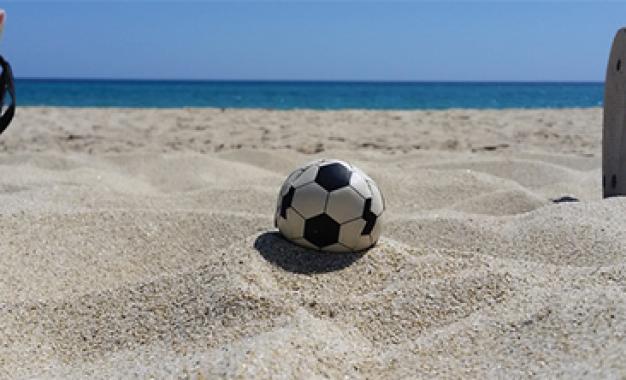 Sport estivi, incidenti più frequenti<br />sono causati dalle partitelle in spiaggia