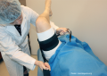 Protesi di ginocchio, conferme da Cochrane: più complicanze con il laccio emostatico