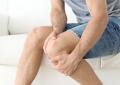 Sintomi al ginocchio: più spesso di origine cartilaginea e non meniscale